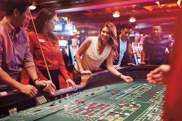 Jouer au casino live avec des croupiers en ligne